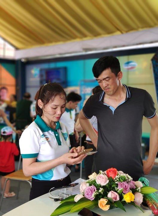 Hàng triệu du khách về giỗ Tổ được mời trải nghiệm thực tế 'Viettel 4.0' Ảnh 4