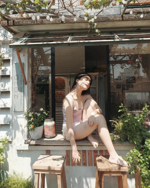 Vẻ đẹp mong manh như sương sớm của 'hot girl IELTS 8.5' Ảnh 4
