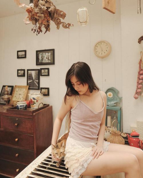 Vẻ đẹp mong manh như sương sớm của 'hot girl IELTS 8.5' Ảnh 10