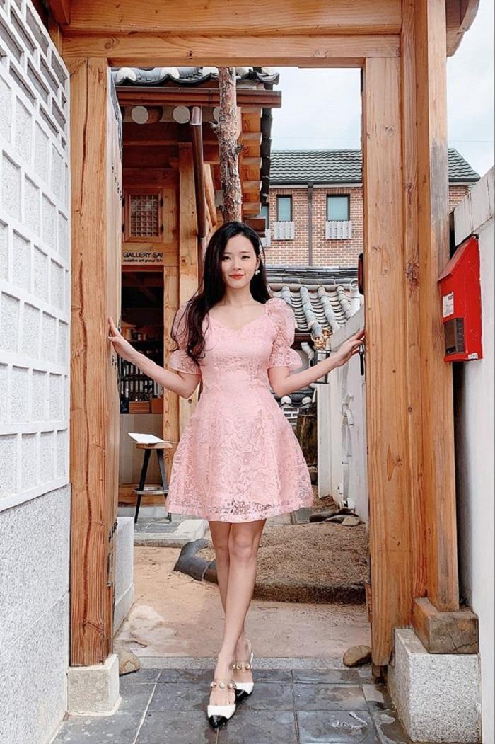Midu mừng rơi nước mắt khi tìm được túi xách và trăm triệu đồng thất lạc ở Hàn Quốc Ảnh 2