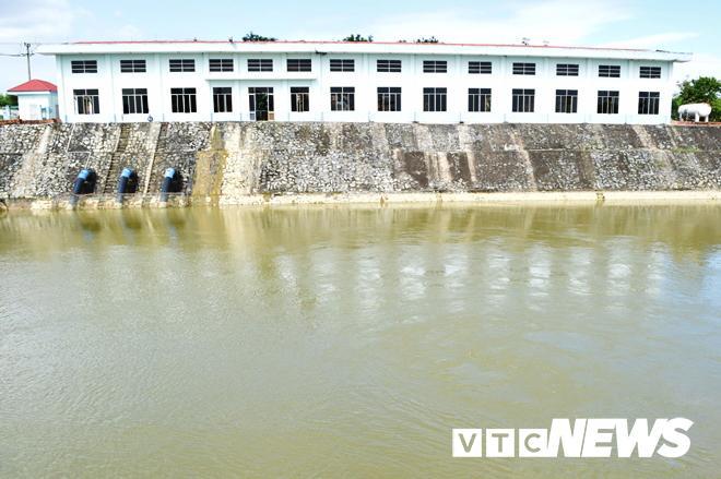 Nước sông Cầu Đỏ nhiễm mặn: Dawaco báo cáo khẩn Ảnh 2
