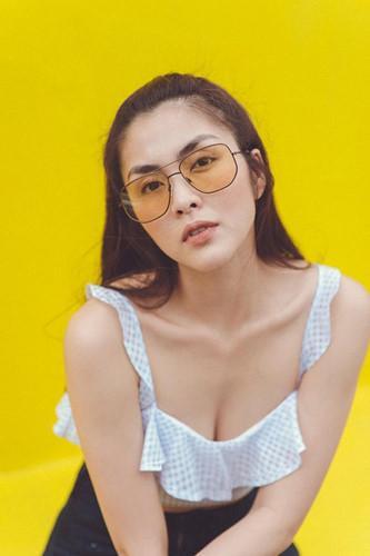 Tăng Thanh Hà 'đốt mắt' fan với ảnh gợi cảm Ảnh 3