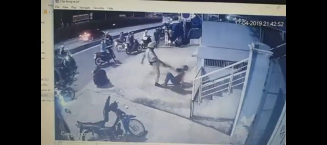 Hai thanh niên bị CSGT chĩa súng, đánh là 'quái xế' Ảnh 4