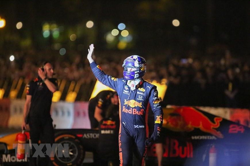 Tay đua Coulthard trình diễn tại 'Khởi động F1 Việt Nam Grand Prix' Ảnh 8
