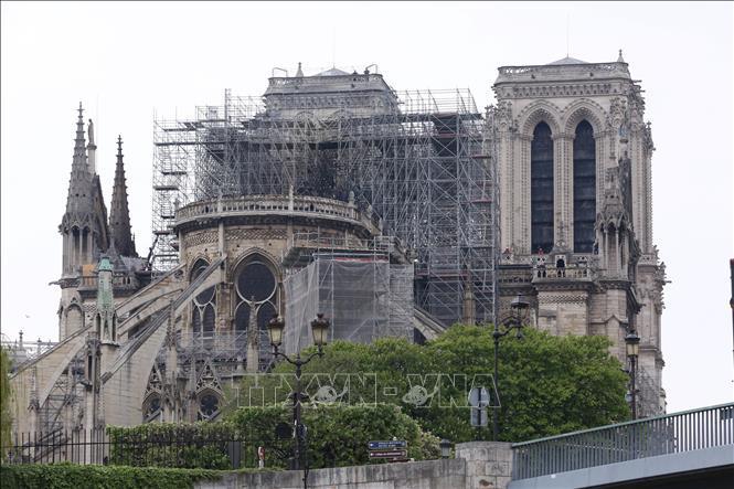 Vụ cháy Nhà thờ Đức Bà Paris: Nên giữ lại hồn xưa hay hiện đại hóa nhà thờ? Ảnh 1