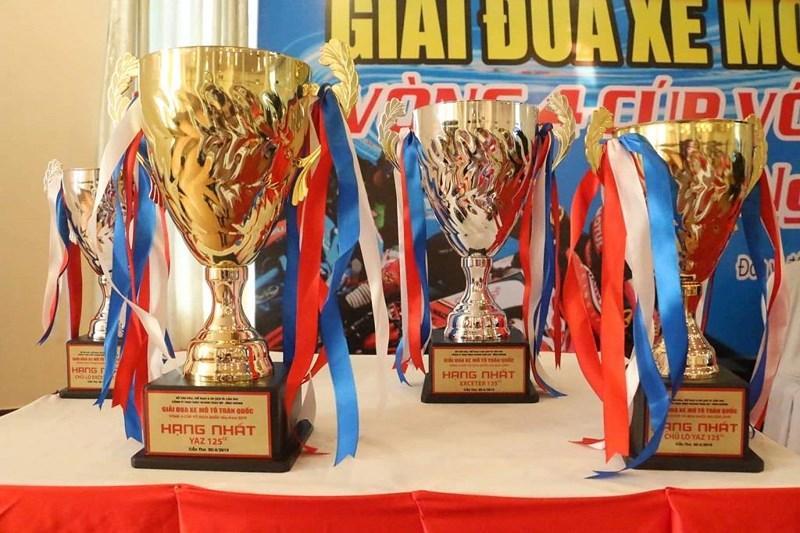 Lễ 30-4 về Cần Thơ xem giải đua xe toàn quốc Ảnh 3