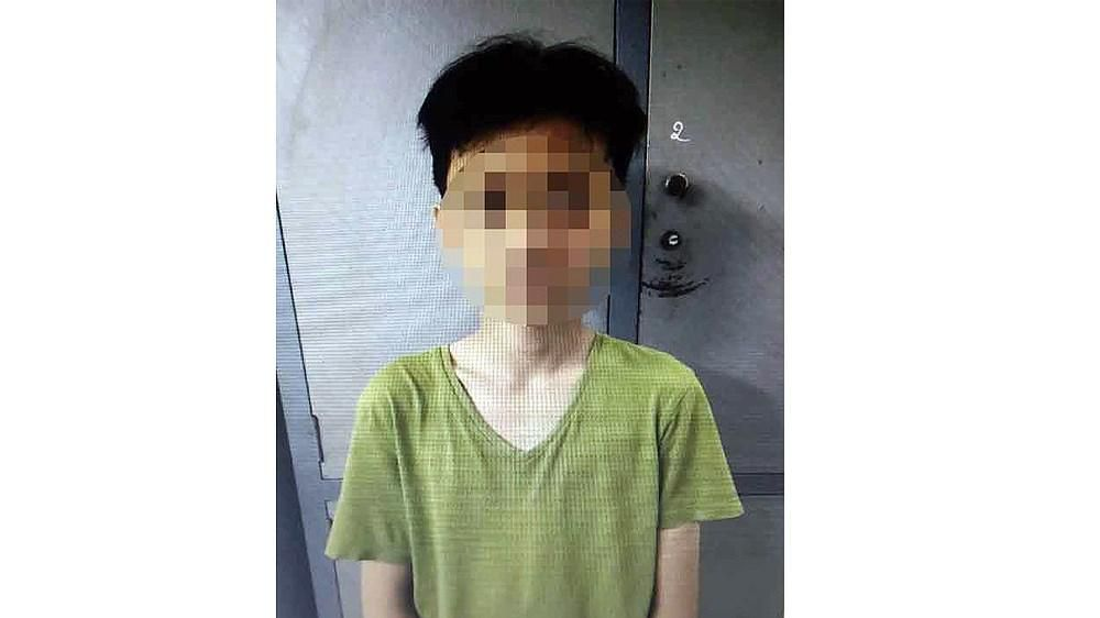 Thiếu niên 15 tuổi dùng dây dù siết cổ tài xế taxi cướp tài sản Ảnh 1
