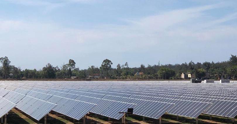 Khánh thành Nhà máy điện mặt trời đầu tiên ở Quảng Ngãi Ảnh 1