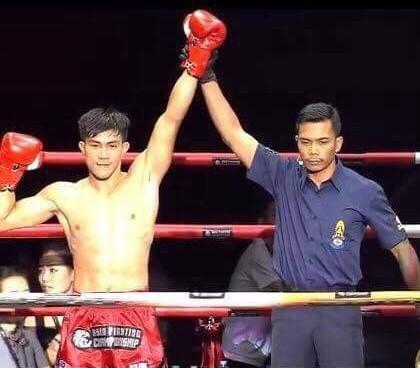 Độc cô cầu bại Việt Nam Nguyễn Trần Duy Nhất lội ngược dòng vào bán kết muay Ảnh 1