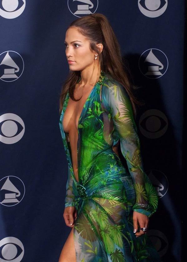 Hóa ra công cụ tìm kiếm hình ảnh của Google ra đời từ chiếc váy hở tàn bạo của Jennifer Lopez Ảnh 2