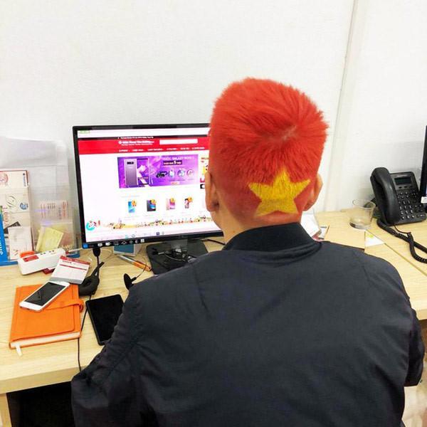Cười lăn những kiểu tóc có '1-0-2' của đàn ông Việt Ảnh 4