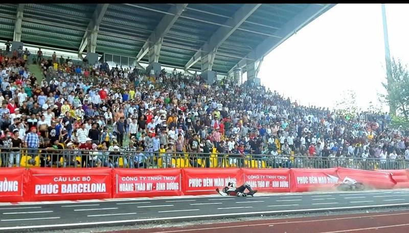 56 tay đua tranh tài ở Giải đua xe mô tô toàn quốc Ảnh 11