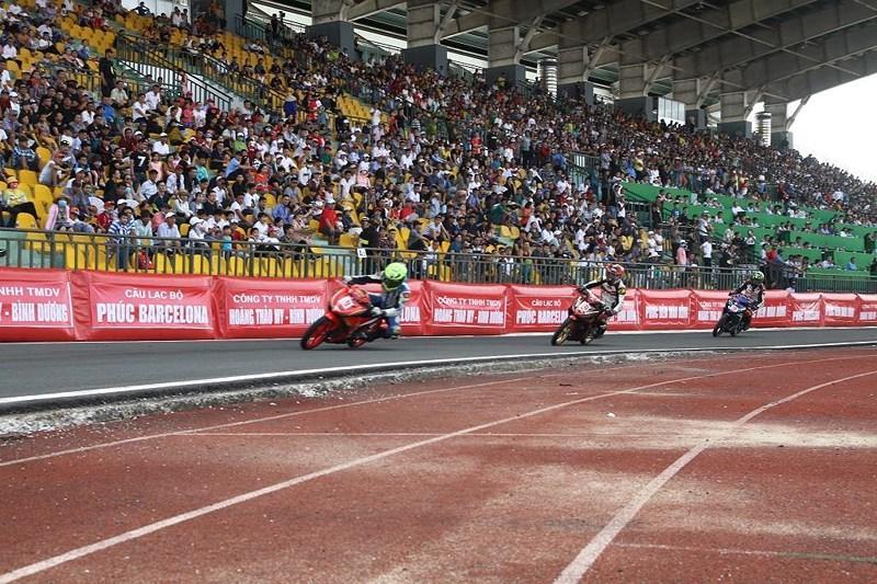 56 tay đua tranh tài ở Giải đua xe mô tô toàn quốc Ảnh 9