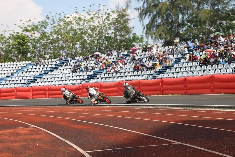 56 tay đua tranh tài ở Giải đua xe mô tô toàn quốc Ảnh 6