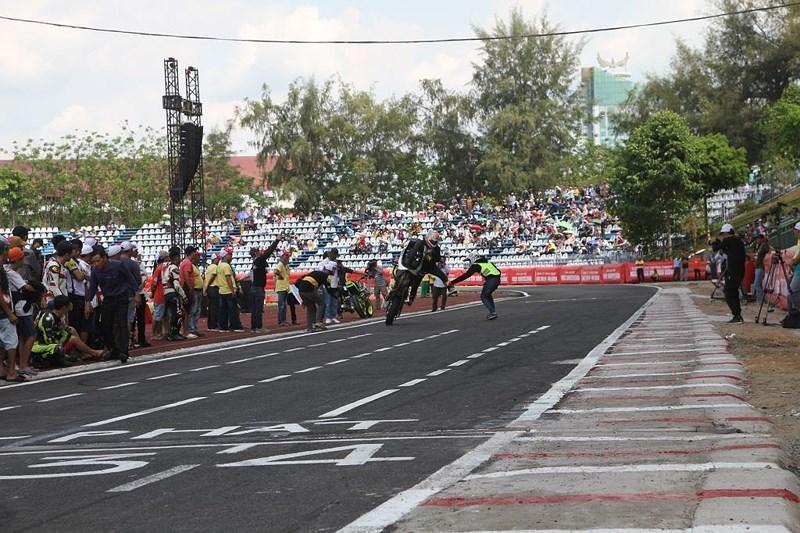 56 tay đua tranh tài ở Giải đua xe mô tô toàn quốc Ảnh 3