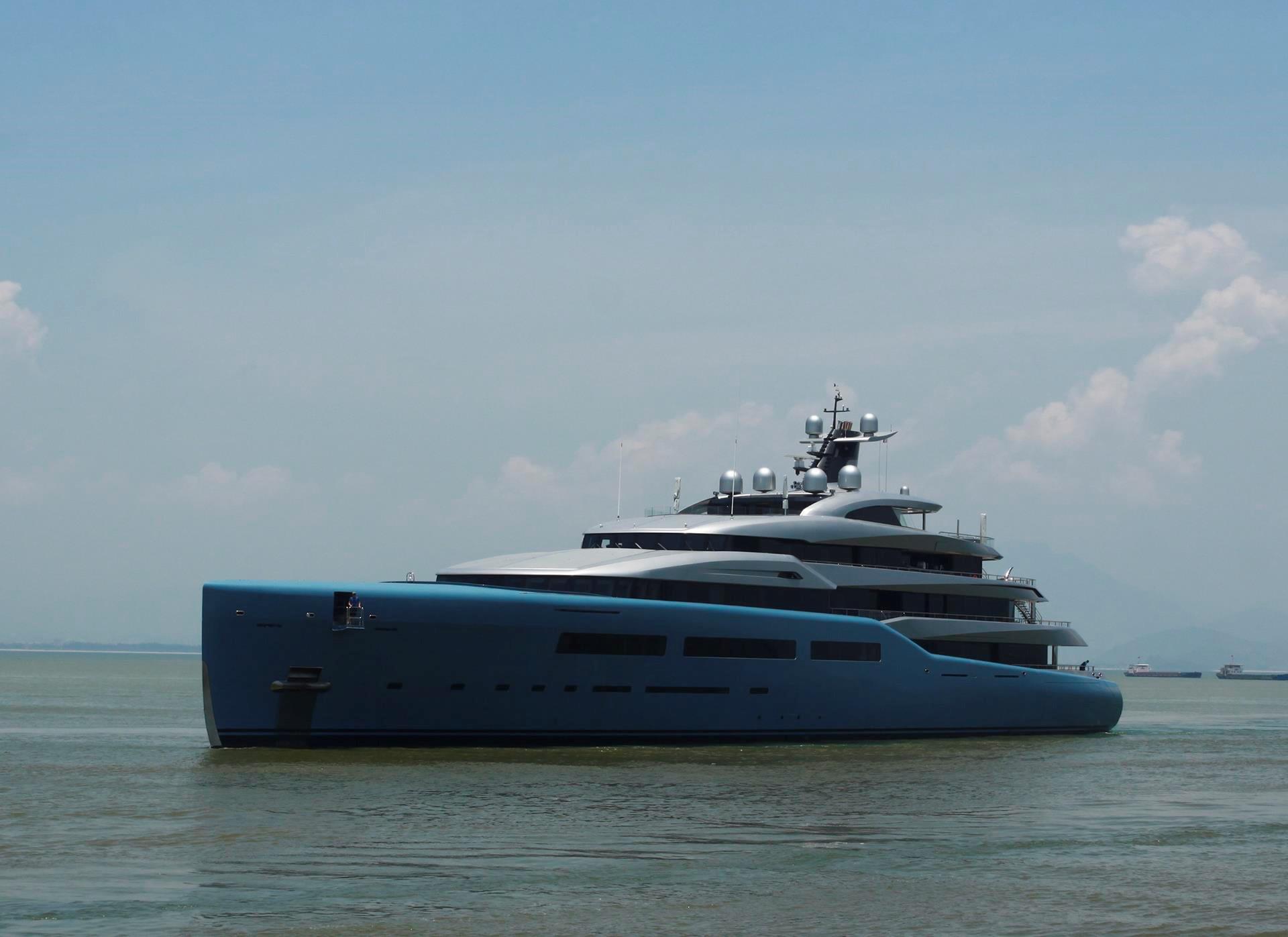 Siêu du thuyền 150 triệu USD của tỷ phú Anh cập cảng Tiên Sa Ảnh 1