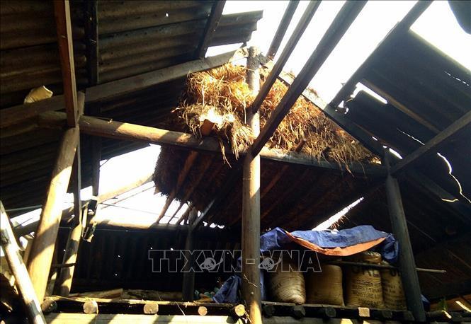 Mưa đá, lốc xoáy bất ngờ tại Kỳ Sơn và Quế Phong, Nghệ An ảnh 1