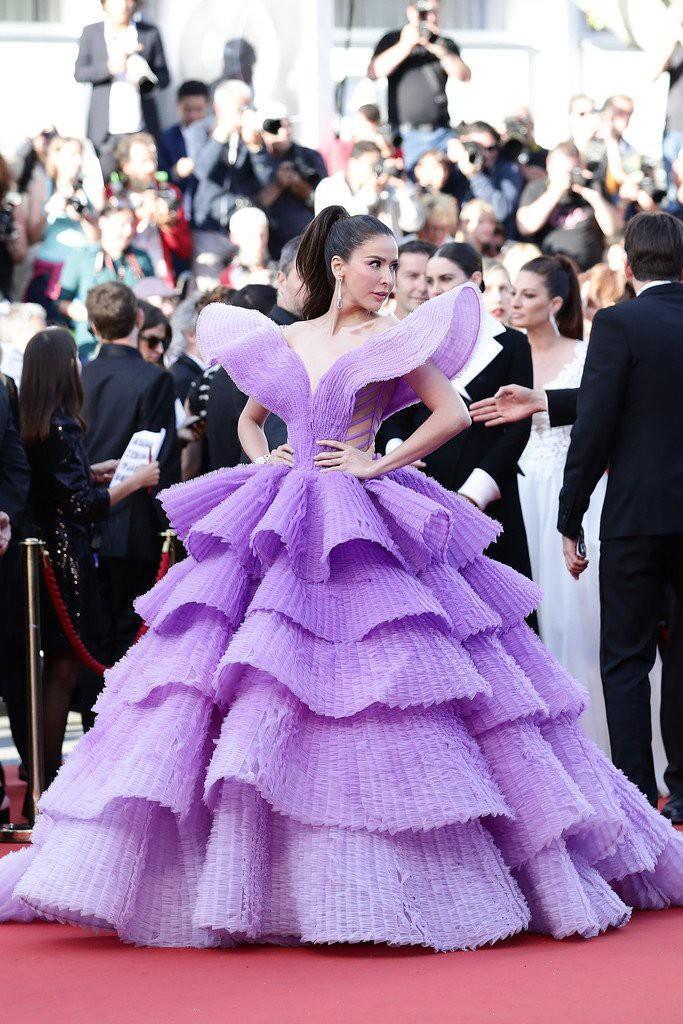 Những bộ váy cồng kềnh nhất thảm đỏ Cannes 2019 Ảnh 4