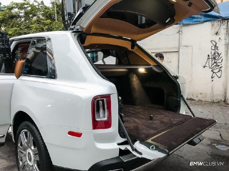 Bên trong Rolls Royce Cullinan đầu tiên Việt Nam có gì? Ảnh 9