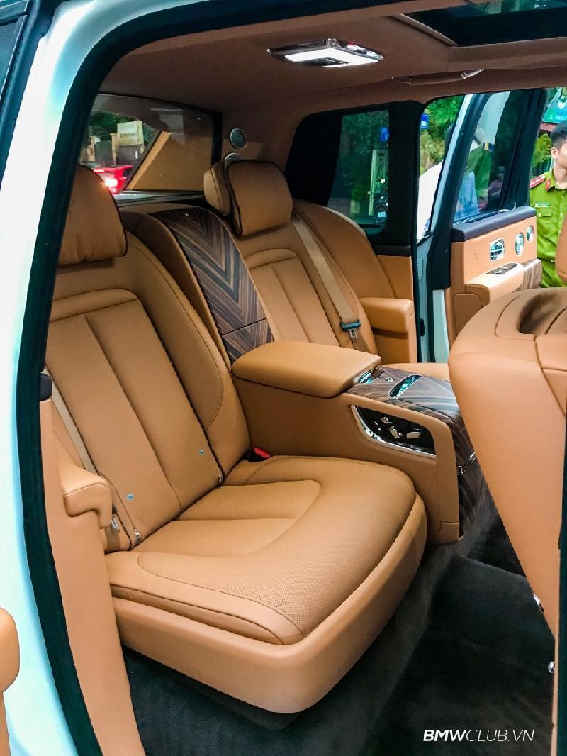 Bên trong Rolls Royce Cullinan đầu tiên Việt Nam có gì? Ảnh 14