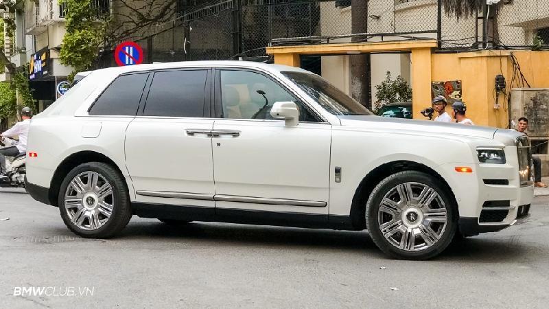 Bên trong Rolls Royce Cullinan đầu tiên Việt Nam có gì? Ảnh 4