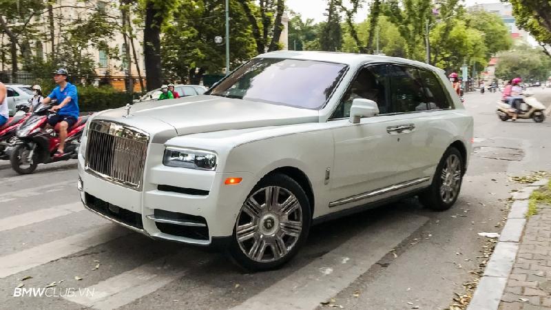 Bên trong Rolls Royce Cullinan đầu tiên Việt Nam có gì? Ảnh 1