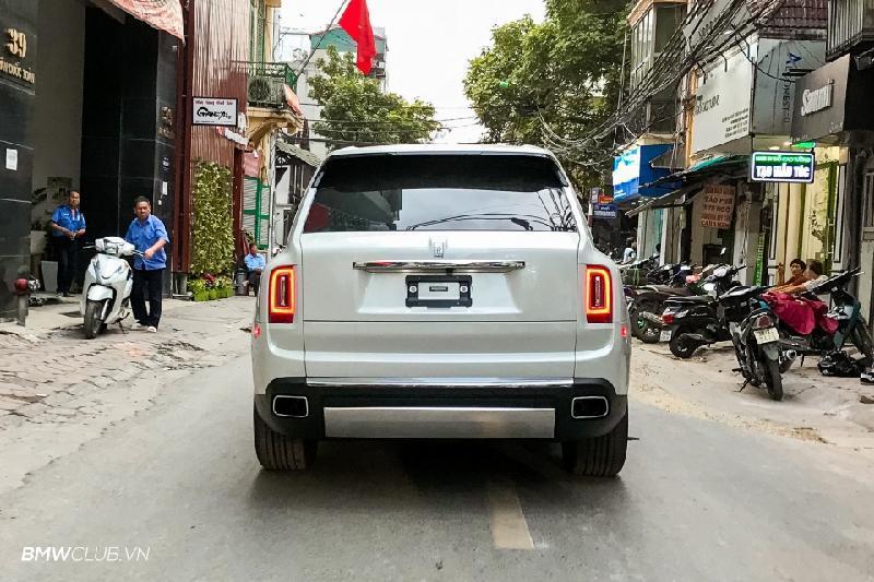 Bên trong Rolls Royce Cullinan đầu tiên Việt Nam có gì? Ảnh 6