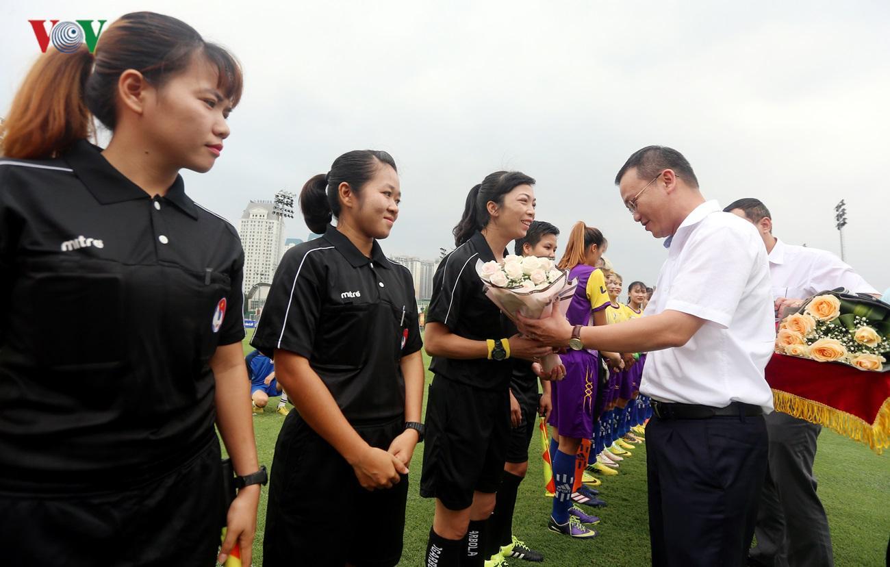 Hà Nội thắng giòn giã trong ngày khai mạc giải Nữ Cúp Quốc Gia 2019 Ảnh 2