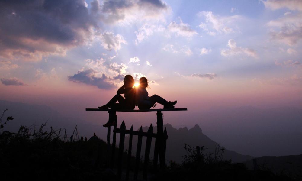 Xem dân văn phòng chinh phục đỉnh Ky Quan San ở độ cao 3046m Ảnh 10