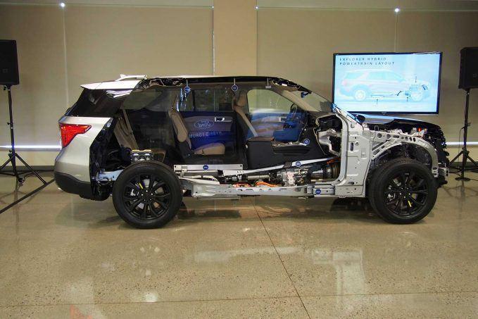 Ford đang đẩy mạnh dòng xe hybrid Ảnh 6