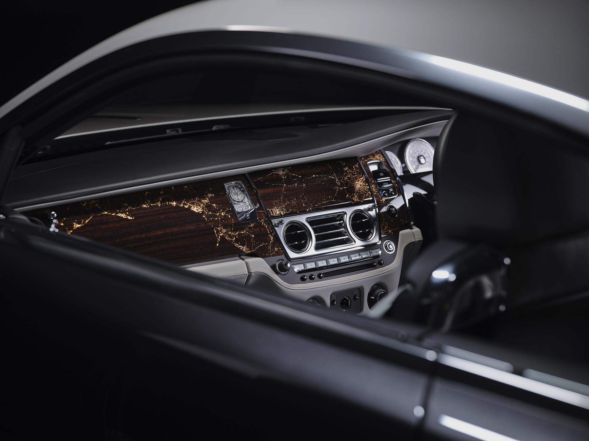 Rolls-Royce Wraith Eagle VIII ra mắt với 50 câu chuyện lịch sử của thế kỉ 20 Ảnh 3