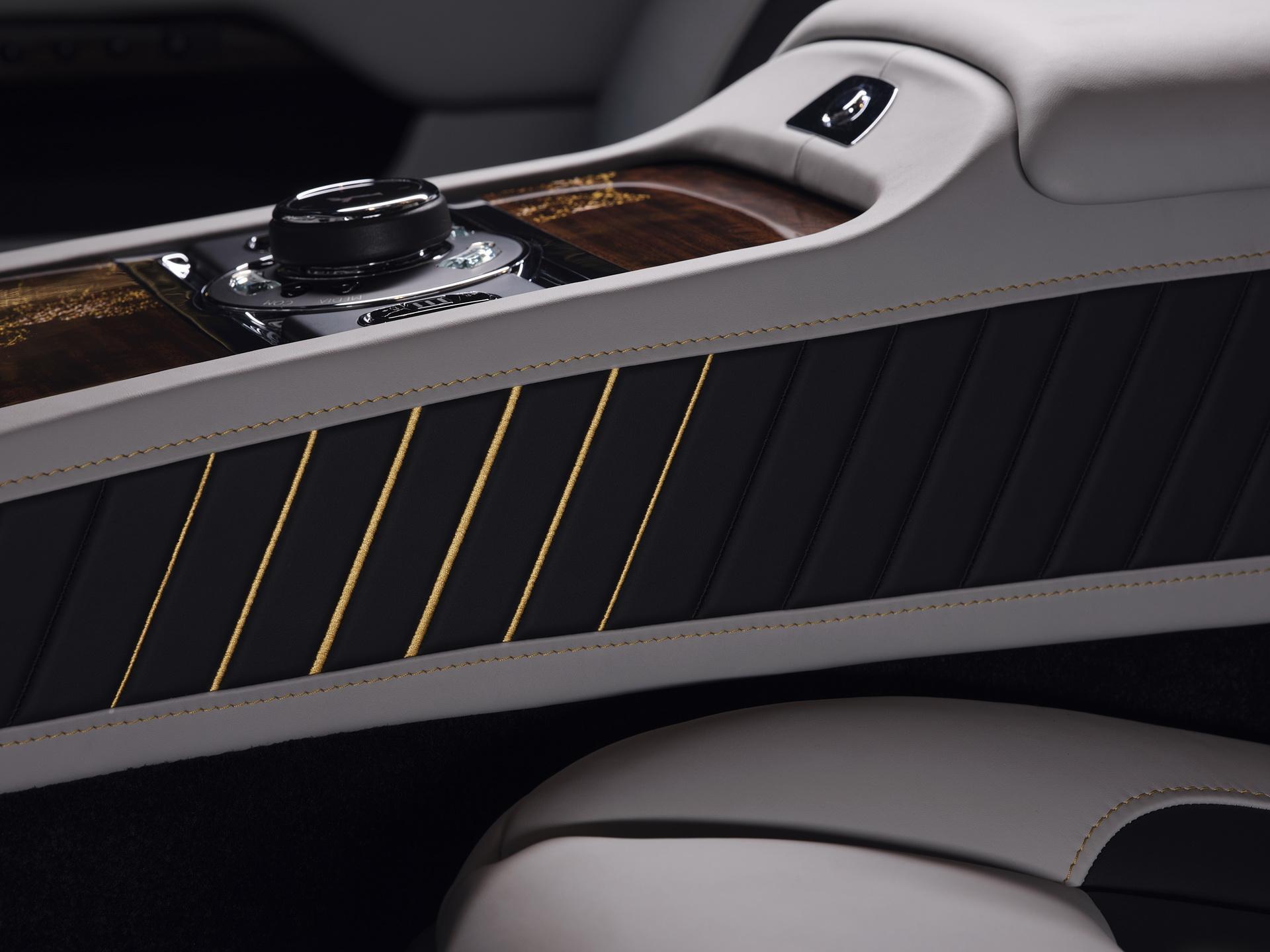 Rolls-Royce Wraith Eagle VIII ra mắt với 50 câu chuyện lịch sử của thế kỉ 20 Ảnh 4