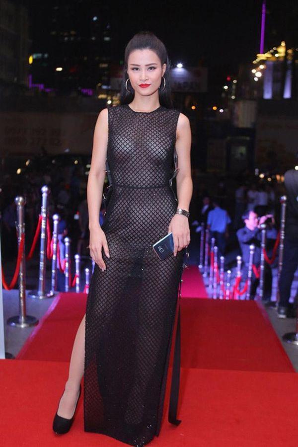 Khoe body táo bạo, Chi Pu, Jolie Nguyễn được khen tới tấp nhưng Ngọc Trinh, Đông Nhi khiến fan lắc đầu Ảnh 15
