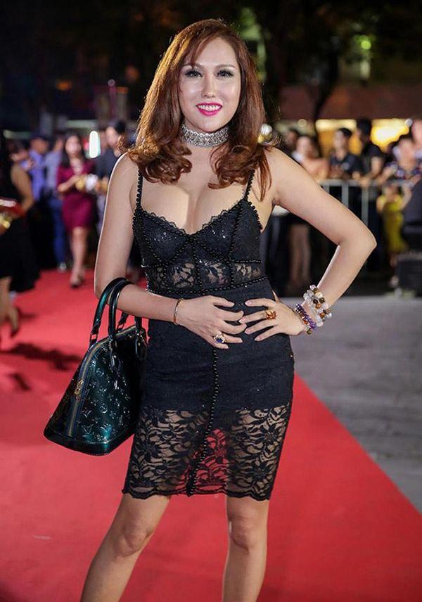 Khoe body táo bạo, Chi Pu, Jolie Nguyễn được khen tới tấp nhưng Ngọc Trinh, Đông Nhi khiến fan lắc đầu Ảnh 13