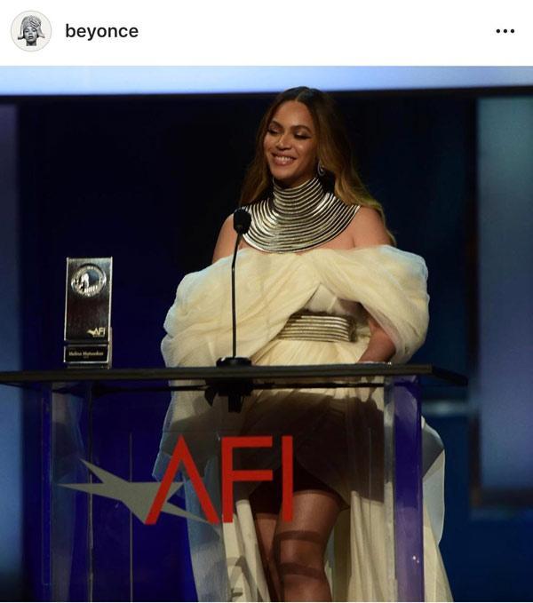 Diva Beyonce hóa thân thành nữ thần trong thiết kế của NTK Phương My Ảnh 1