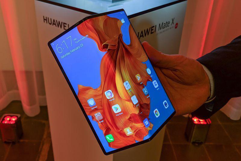 Số 1 trên thị trường điện thoại thông minh: Giấc mơ khó thành của Huawei Ảnh 2