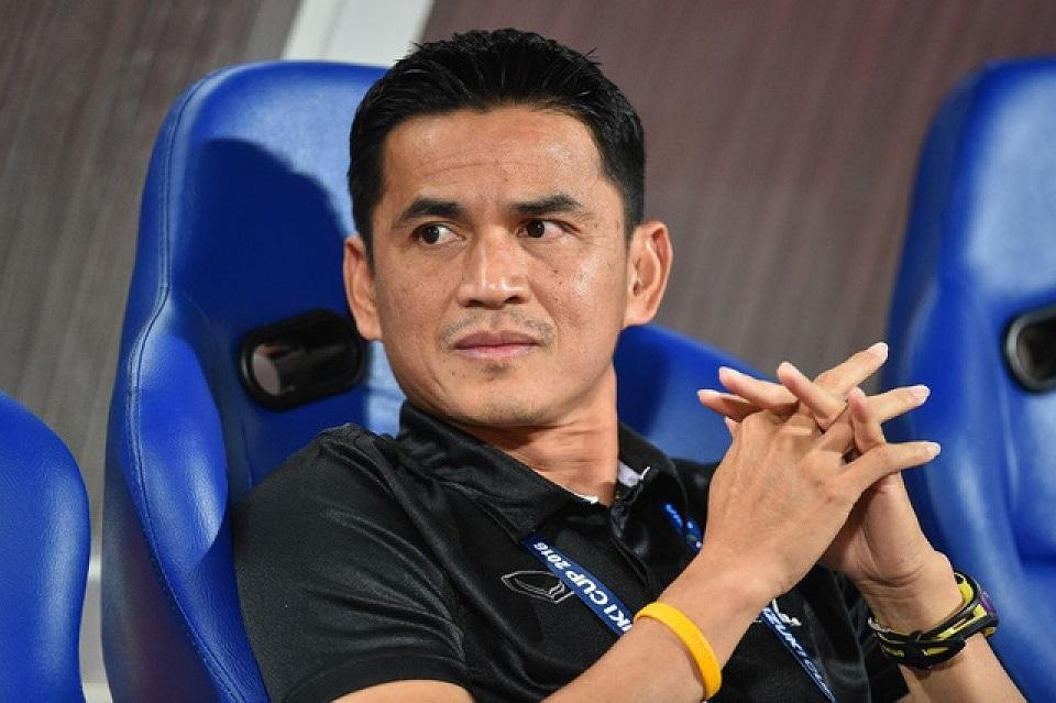 Bóng đá Thái Lan, thay HLV như 'thay áo' Ảnh 4