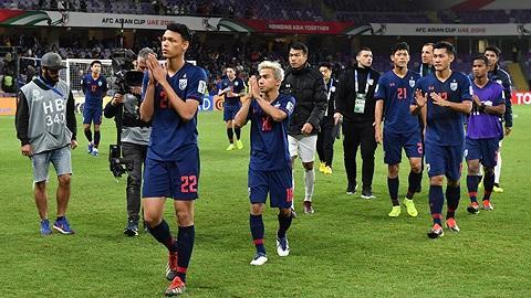 Bóng đá Thái Lan, thay HLV như 'thay áo' Ảnh 2