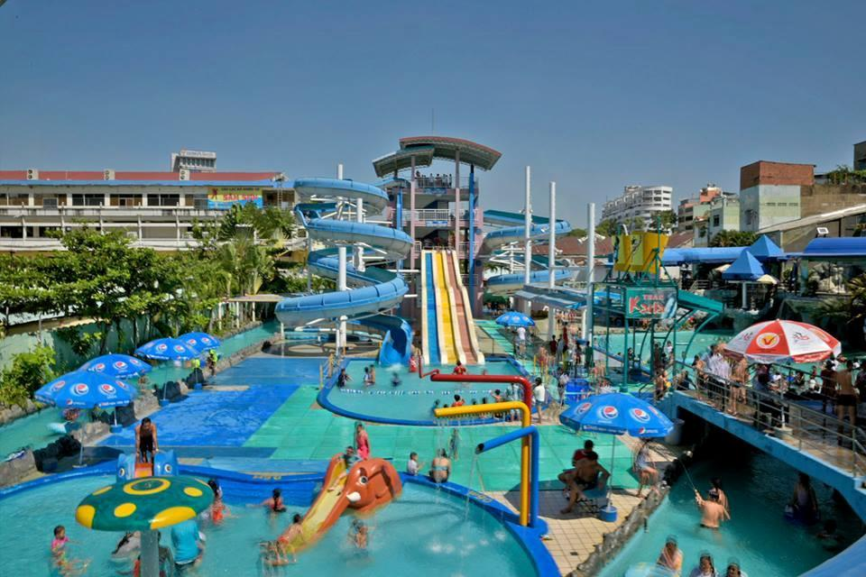 Loạt công viên nước quanh Hà Nội, TP.HCM xua tan nắng nóng ngày hè Ảnh 24