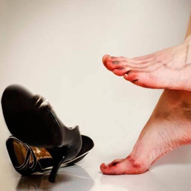 Tác hại của giày cao gót sau lời cảnh báo từ H'Hen Niê Ảnh 4