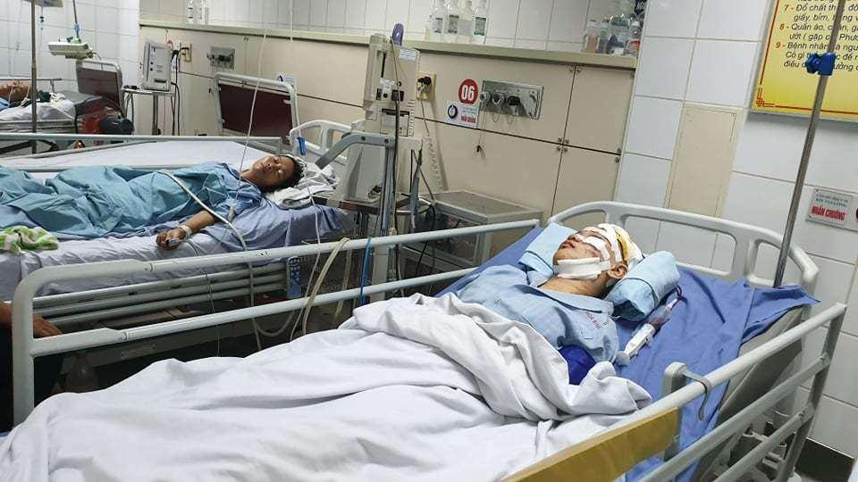 Em gái tử vong, chị bị thương nặng trong vụ tai nạn thảm khốc ở Hòa Bình Ảnh 3