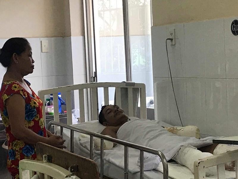 Thương tâm: Bệnh nhân bị cắt cụt tứ chi vì phỏng điện Ảnh 2