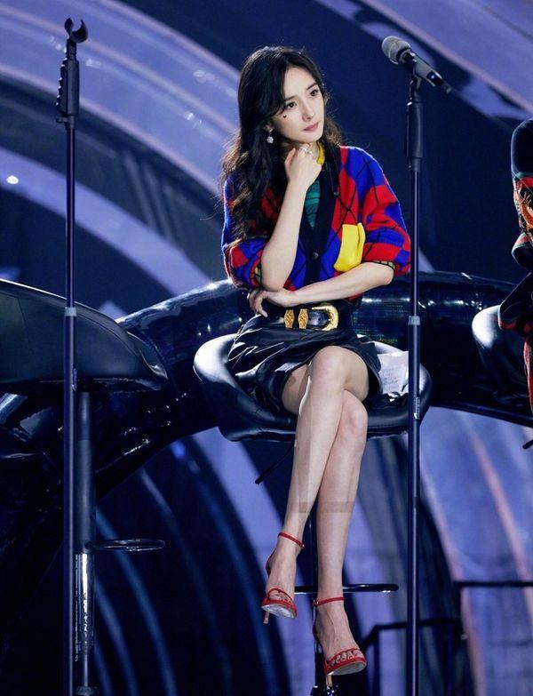 Gái một con Dương Mịch trở thành gương mặt đại diện Trung Quốc đầu tiên cho Versace Ảnh 10
