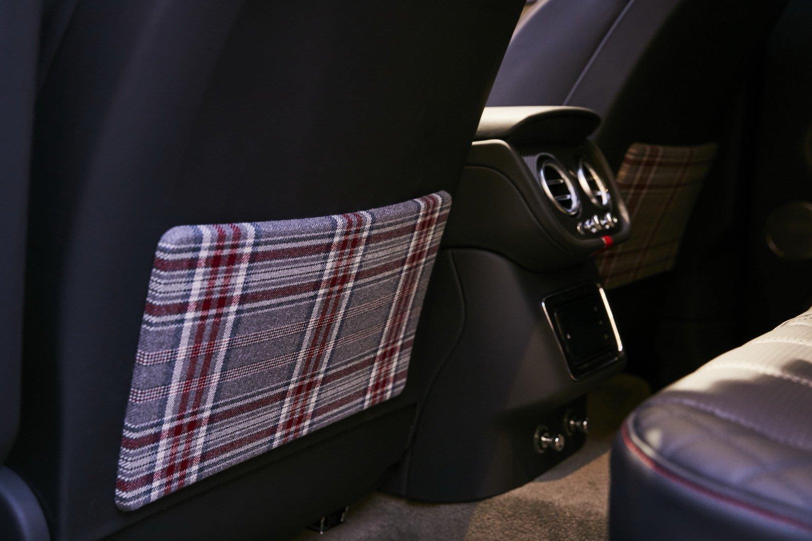Bentley Bentayga bản 'Doanh nhân', có sẵn cả bàn cờ vua bên trong Ảnh 5