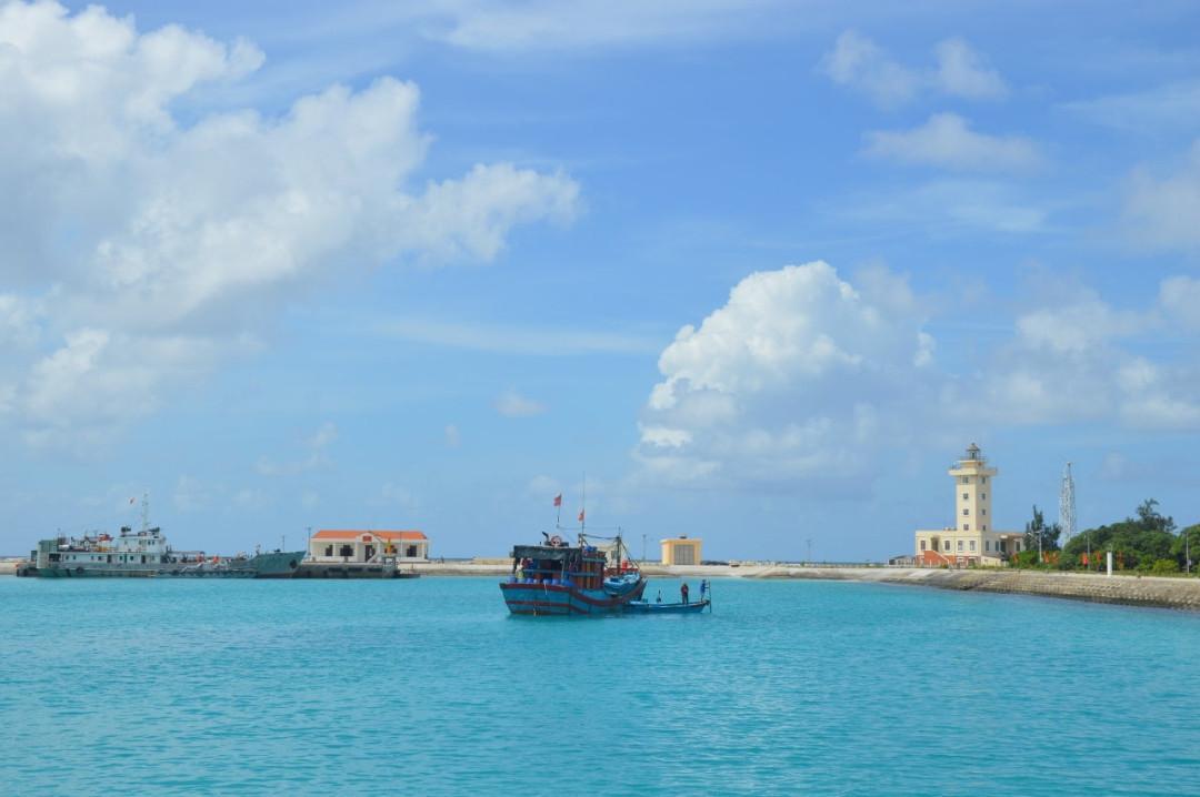 Ngôi nhà chung cho ngư dân vươn khơi bám biển Ảnh 1