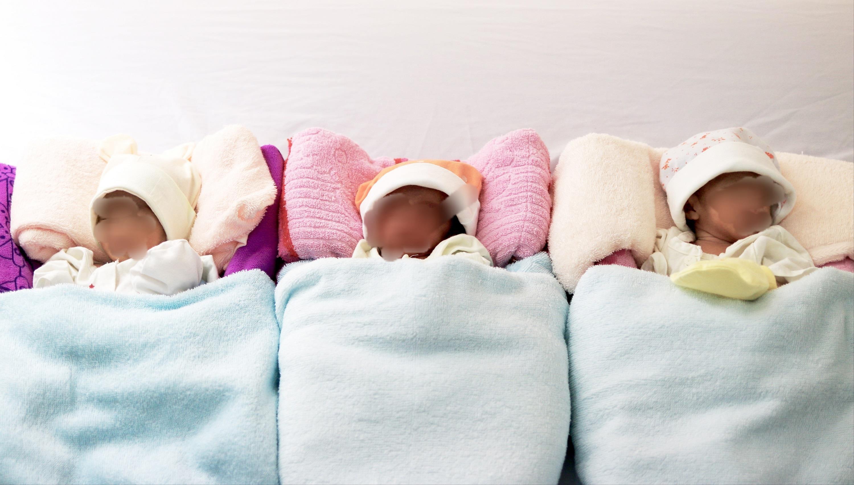 Sản phụ tam thai 'vượt cạn' thành công sinh 3 bé gái Ảnh 1