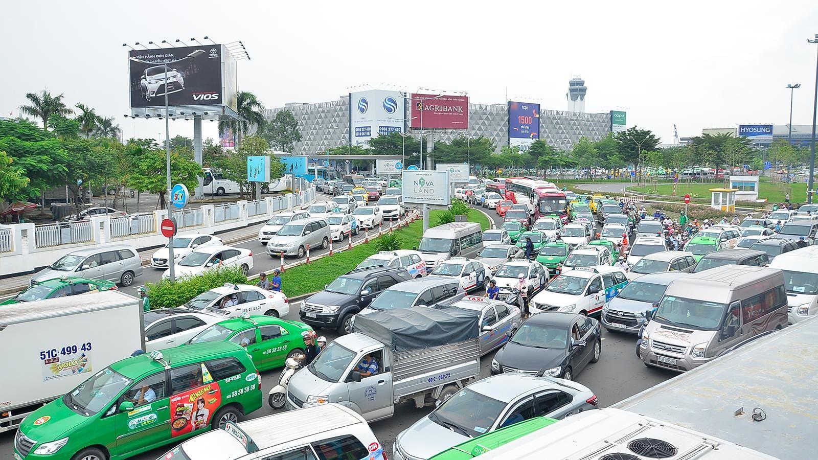 6 tháng TPHCM xảy ra 1.669 vụ tai nạn giao thông Ảnh 2