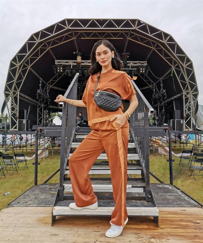Bản tin Hoa hậu Hoàn vũ 21/7: H'Hen Niê mặc quần jeans kỳ cục, phong cách lép vế toàn tập giữa rừng mỹ nhân Ảnh 5