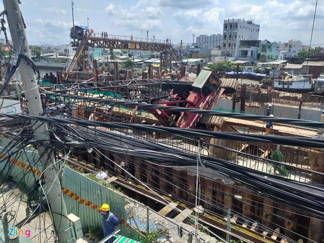Vì sao cần cẩu ở dự án chống ngập 10.000 tỷ của Trung Nam đổ sập? Ảnh 1