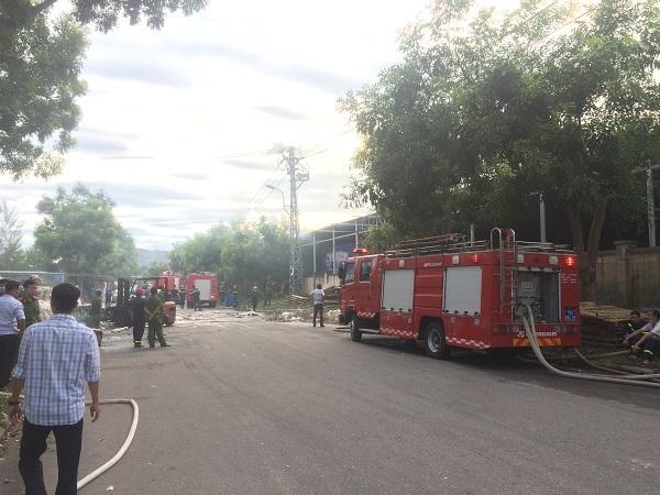 Thừa Thiên Huế: Cháy kho chứa bông nguyên liệu tại Khu công nghiệp Phú Bài Ảnh 2